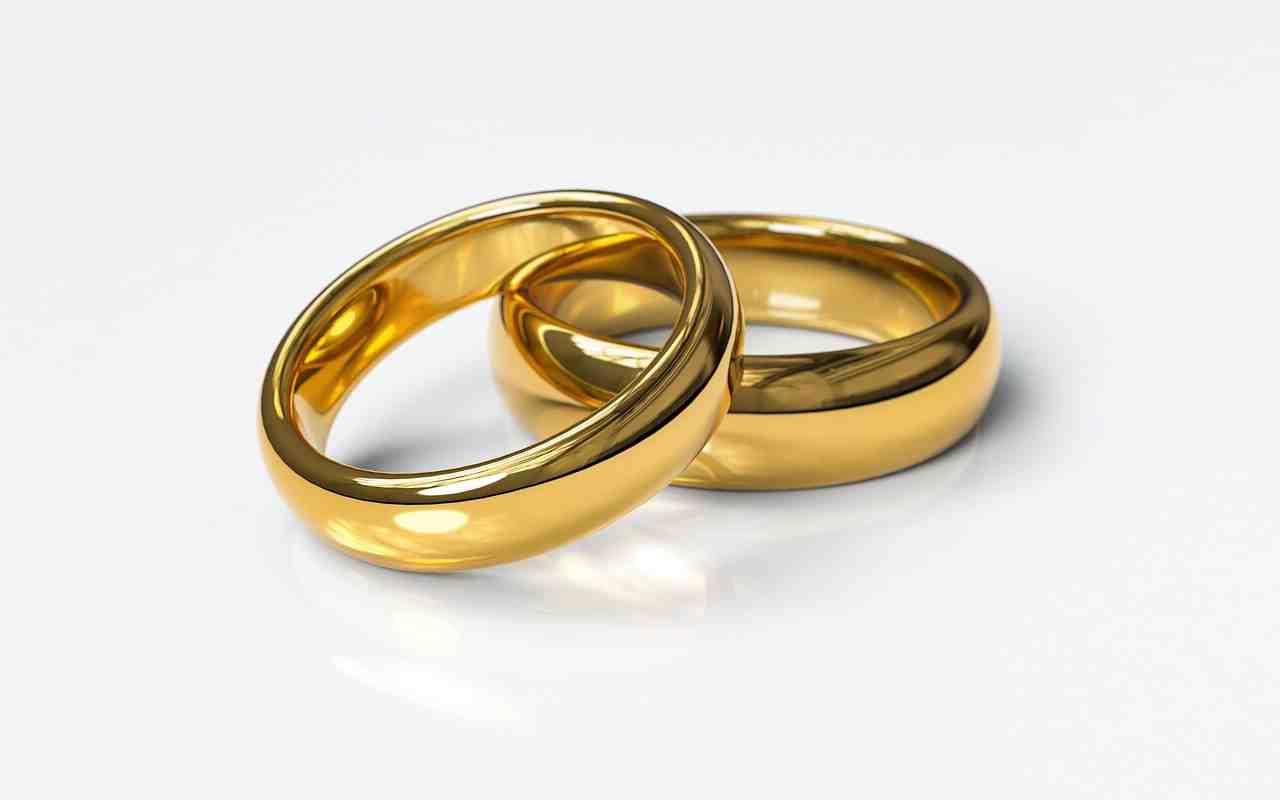 Qui a le droit de célébrer un mariage?