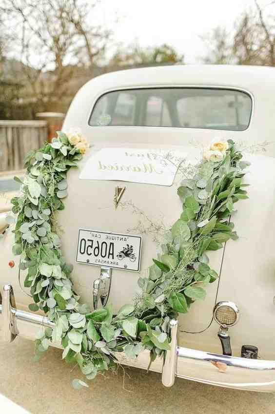 Comment décorer les voitures d'invités pour les mariages?