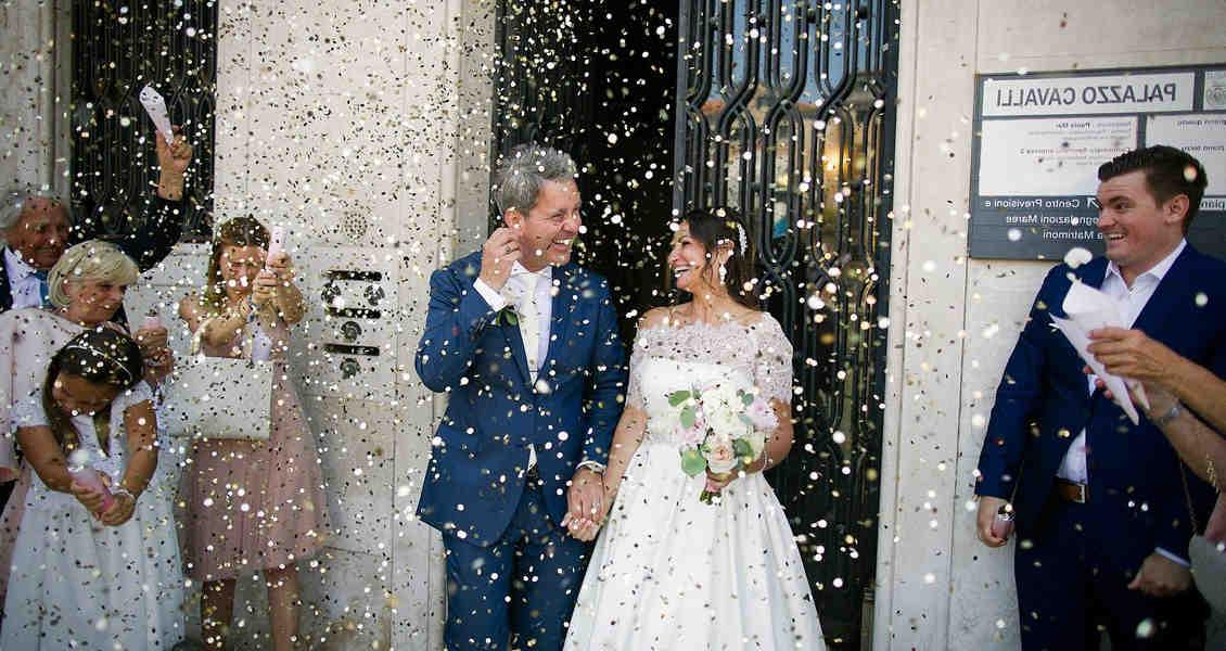 Comment se marier sans passer par une mairie?
