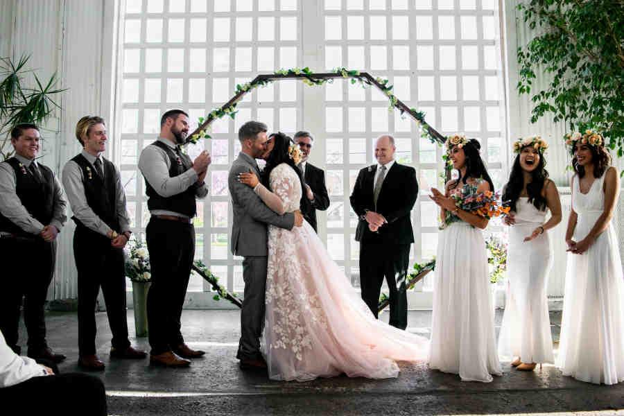 Est-il obligatoire d'avoir des témoins pour un mariage?