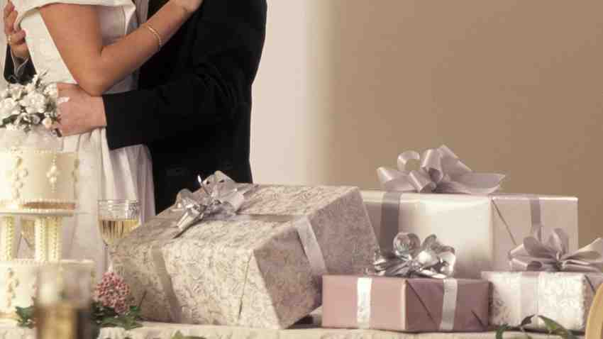 Quand on fait des cadeaux pendant le mariage?