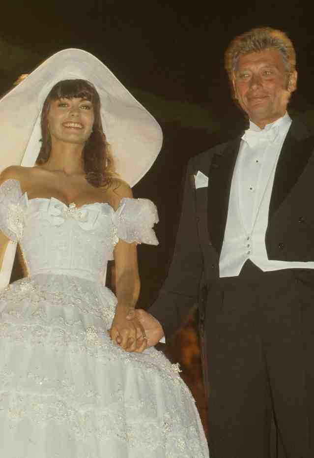 Qui était la première femme de Johnny Hallyday?